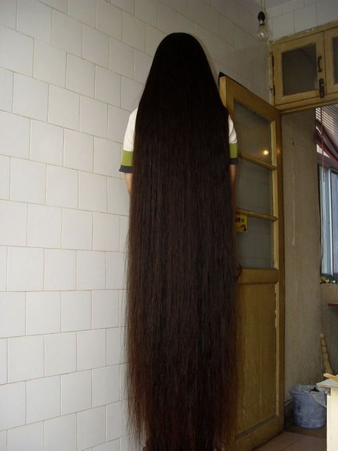 Super long hair cherokee