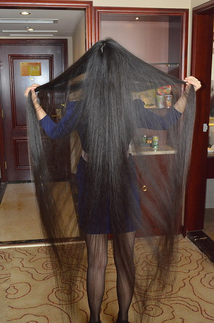 Beautiful Young Girl Show Floor Length Long Hair In Hotel