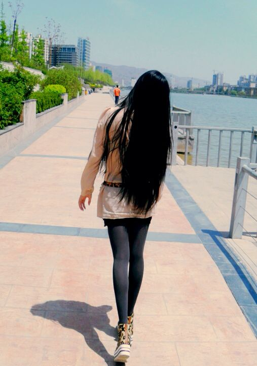 Grow long hair from bra length to thigh length
